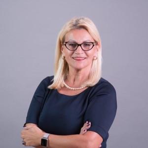 Anna Mierzwinski